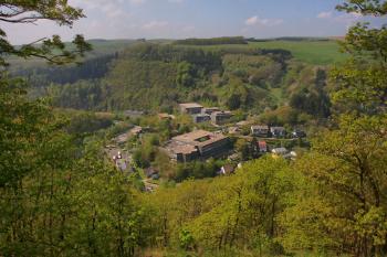 Het schoolterrein van de stad Neuerburg